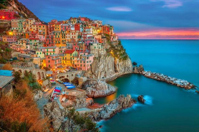 2. İtalya  Manarola.jpg