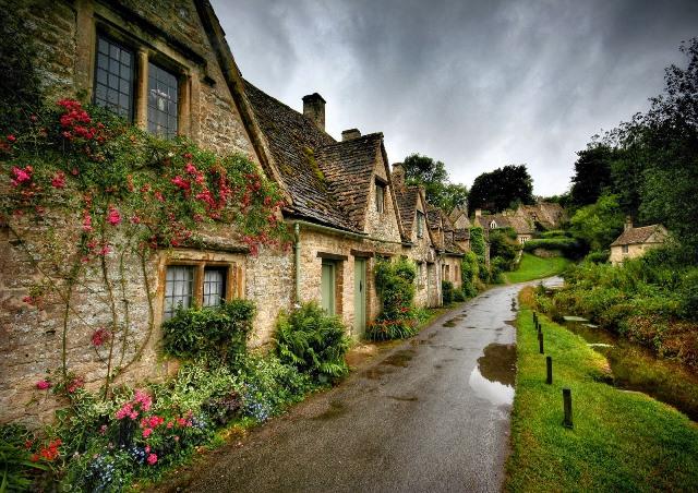 4. İngiltere Bibury.jpg