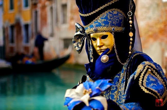 Venedik'te maskeli adam